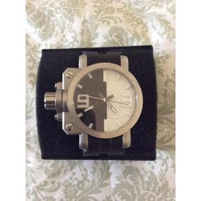 Relógio Oakley Gearbox Bicolor