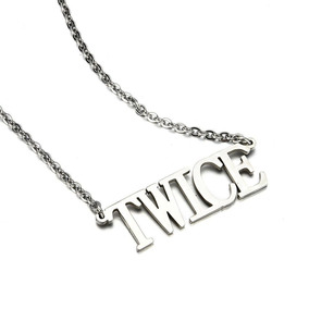 Collar Twice Letras Kpop Coreano Metálico