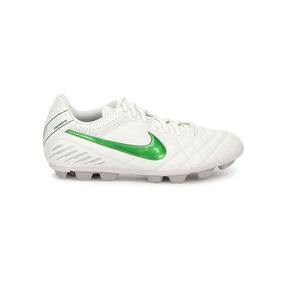 f5a394ae0872d Zapatos De Futbol Nike Tiempo - Tacos y Tenis de Fútbol en Mercado ...