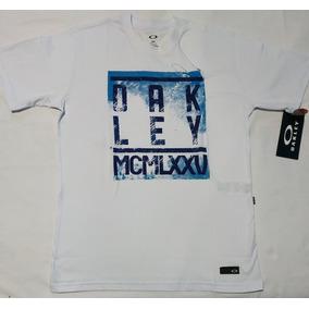 Camisa De Botao Quiksilver Tamanho M - Camisa Casual Manga Curta ... 2f2346ee6ef
