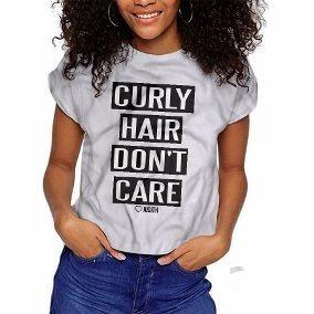 Camiseta Com Frase De Cacheada Calçados Roupas E Bolsas No
