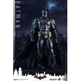 Batman: Hot Toys, Estatuas