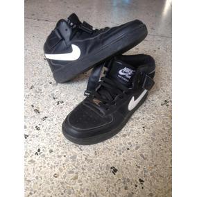 Botas Hyperdunk Usadas - Zapatos Nike de Hombre 7bfa1c3f222aa