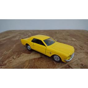 Miniatura Ford Mustang Escala 1:39