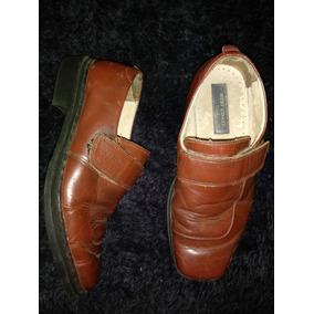 Sapato Social - Marca West Coast - Marrom Avermelhado