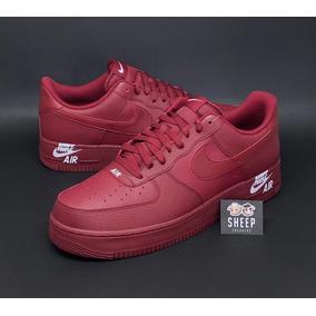 Tênis Nike Air Force 1 Low Prm