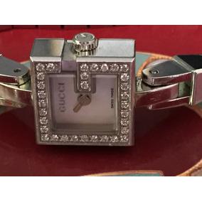 Relógoi Gucci Com Brilhantes R$ 2.900,00