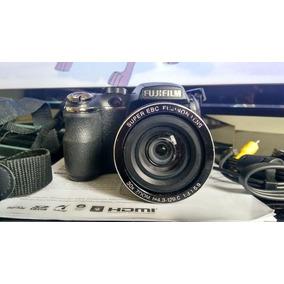 Camara Semi Profesional Digital Fujifilm S4000 Super Zoom