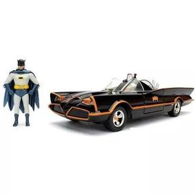 Carro Miniatura Batmovel Com Batman E Robin Esc 1/24