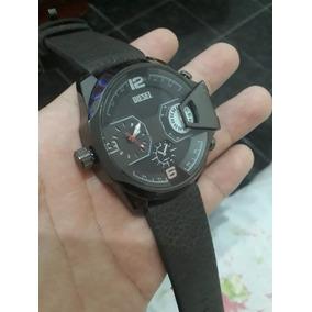 c95dda614a8 Relógio Diesel Preto Lindo Apenas R  150