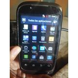Telefono Motorola Xt531 Con Detalle