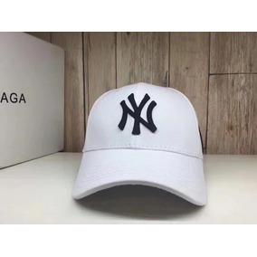 Bone New York Yankees Aba Curva - Bonés para Masculino no Mercado ... b25b7cb7f6f88