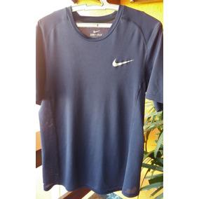 aad2365f899 Camiseta Nike Marca Camisa Casual Bazar Swag Roupas Bazar. Usado - São  Paulo · Camiseta Nike Dry Miler
