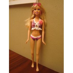 Boneca Barbie Fashion De Biquíni C/ Acessórios E Roupa