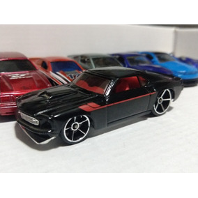 10 Carrinhos Hotwheels Mustang