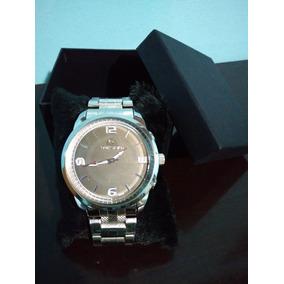 Relógio Quicksilver Prata A Prova D