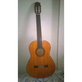 Guitarra Acústica Yamaha C40 Con Forro Acolchado Incluido