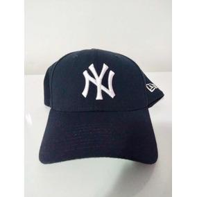 Boné Importado New Era New York Yankees Fechado - Bonés no Mercado ... 57fe52d0054