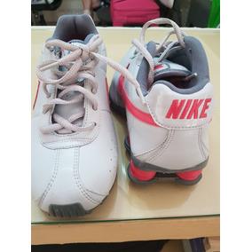 7dafe821a77 Nike Shox Feminino Tamanho 34 - Tênis Casuais no Mercado Livre Brasil