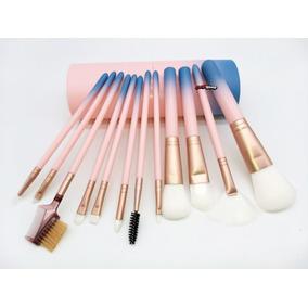 Kit 32 Pinceis Outras Marcas - Maquiagem no Mercado Livre Brasil ff022c418e
