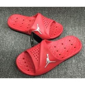 587409747f Chinelo Japonês De Madeira - Tamanco - Chinelos Nike para Masculino  Vermelho no Mercado Livre Brasil
