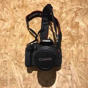 Câmera Canon T3i Usada