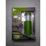 Bateria De Respaldo Y Linterna, Denali, 7800mah 2.1 Amp.