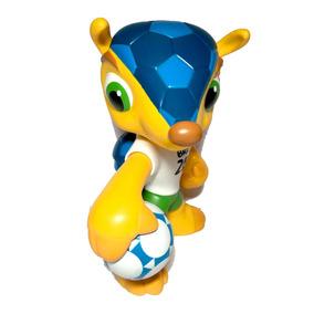 3640d07343 Boneco Fuleco - Bonecos do Personagens Esportivos Futebol no Mercado ...