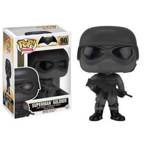Boneco Funko Batman Vs Superman - Soldier