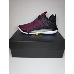 Tenis Nike Jordan Fly