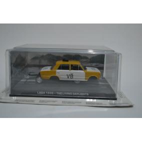 Miniatura Lada 1500 1:43 Eaglemoss James Bond 007