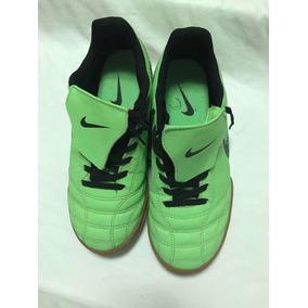 Chuteira Nike Tamanho 35 - Chuteiras Nike no Mercado Livre Brasil f43632d56e22e