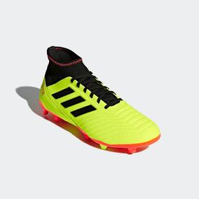 Botas adidas Predator Amarillos Tachones Hombre Originales e6a1f5d38c4f8