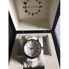 Reloj Corum Admirals Cup Blanco