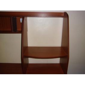 Mueble Para Computadora En Buenas Condiciones