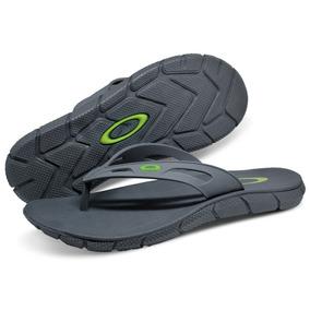 Chinelo Oakley Camuflado - Calçados, Roupas e Bolsas no Mercado ... 02163bc29e