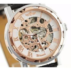 53f5f4a3533 Relógio Pulso Winner Esqueleto Mov Mecânico Branco Dourado