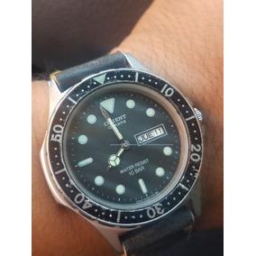 bf4b4402a2fa Reloj Orient Quartz Tipo Diver 10bar De Los 80s Celeccion