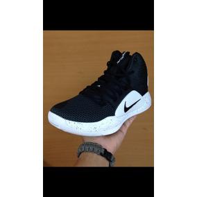 Botas Nike Hyperdunk - Zapatos en Mercado Libre Venezuela 4720500e8d846