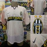 Camisa Juventus - Nike - Ano: 2003/2004 - G