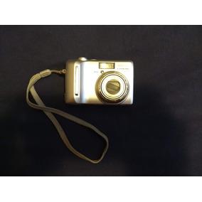 Cámara Nikon Coolpix P1 8mp Con Zoom Óptico De 3.5x (wi-fi)