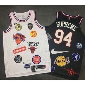 Supreme Nike Nba - Camisetas e Blusas no Mercado Livre Brasil d1e7806e9ed4b