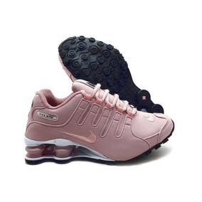 a53359eaaa7 Tenis Nike Florido Shox - Tênis para Feminino Rosa claro no Mercado ...