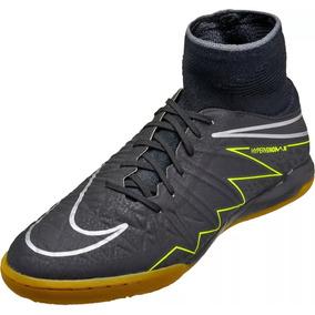 Chuteira De Futsal Nike Hypervenom Infantil - Chuteiras no Mercado ... 46465f7a6f8cd