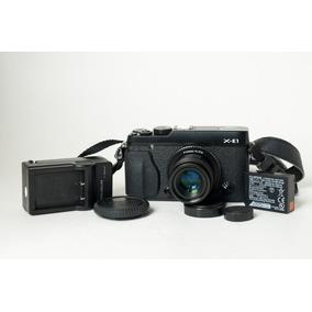 Câmera Fujifilm Xe1 Com Lente Fotasy 35mm 1.7