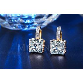 Aretes De Oro 18kt Lam. Con Zirconia ( Imitacion Diamante)