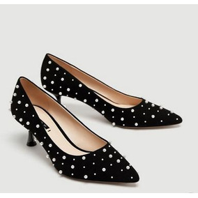 d50ada643e303 Zapatos Stilettos Zara Mujer Negros Con Pelas En Punta