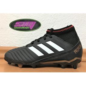 Predator - Tacos y Tenis Césped natural Adidas de Fútbol en Mercado ... c8e397351bc05