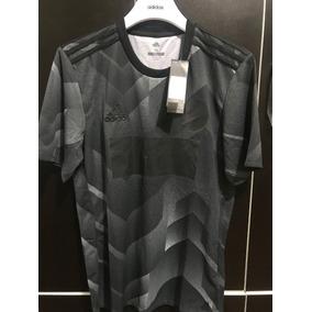 Polo Adidas Camiseta Essentials Response - Ropa y Accesorios en ... f9f01f57822b9