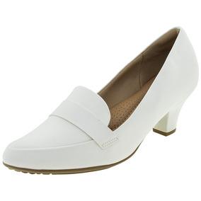 5692b3fe5 Sapato Feminino Salto Baixo Branco Piccadilly - 703015 por Clovis Calcados